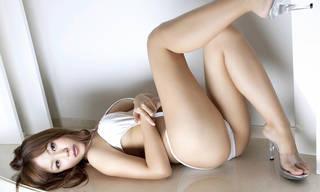 Encanto asiática con culo sexy.